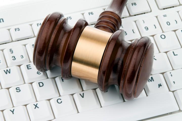 قوانین توسعه نرم افزار